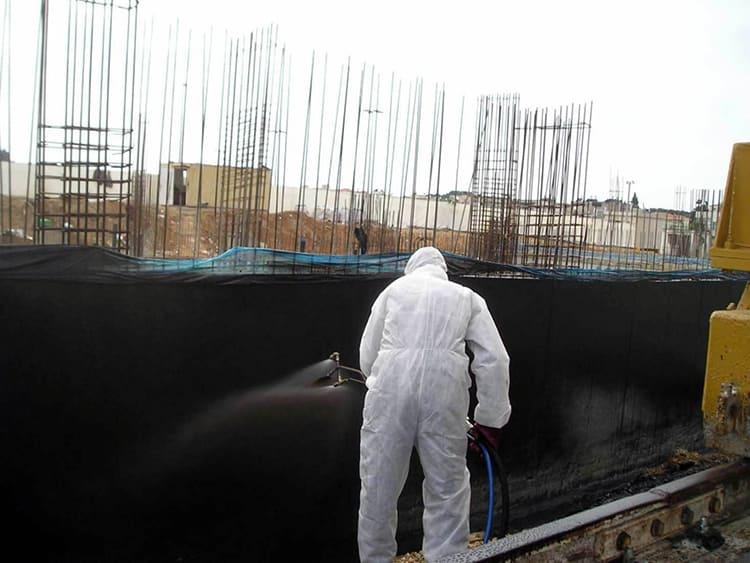 ФОТО: www.gk-innova.ru Вид используемого состава зависит от специфики работ.