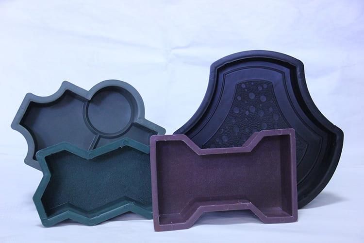 Для изготовления плитки используется разный материал ФОТО: svouimirukami.ru