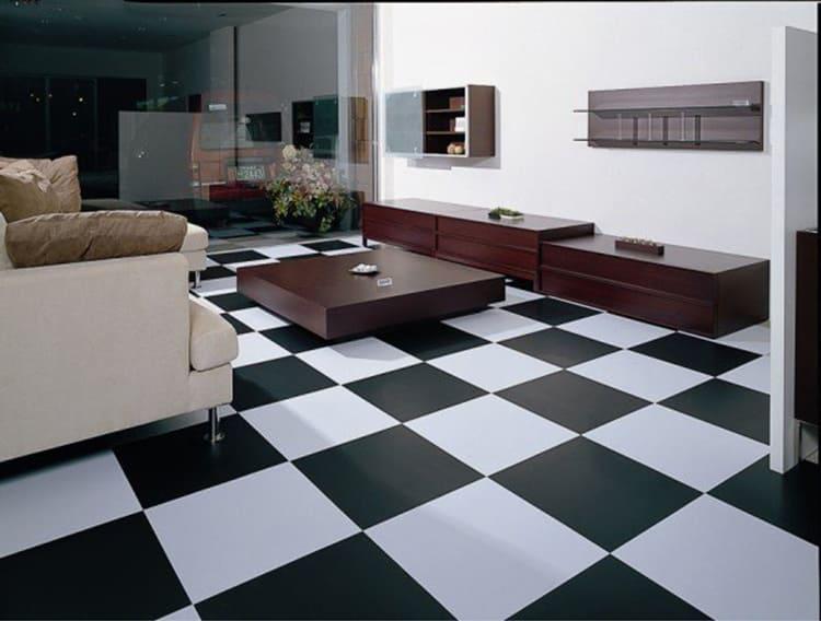 ФОТО: www.roomble.com Размер виниловой плитки для пола зависит от производителя.