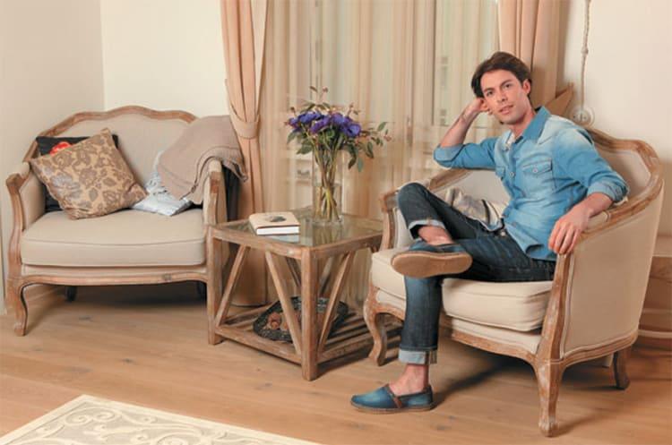 ФОТО: kvartiravmoskve.ru Мебель приобретена по наводке певицы Зары в одной столичной мастерской.