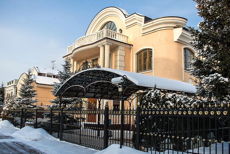 ФОТО: msk-novostroyka.ru Дом находится под круглосуточной охраной.