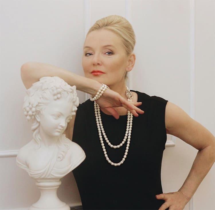 ФОТО: instagram.com/larisa_verbitskaya Стильная и утончённая Лариса Вербицкая выбрала для своей квартиры классический стиль