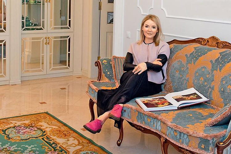 ФОТО: fashion-int.ru Пол в гостиной перекладывали три раза