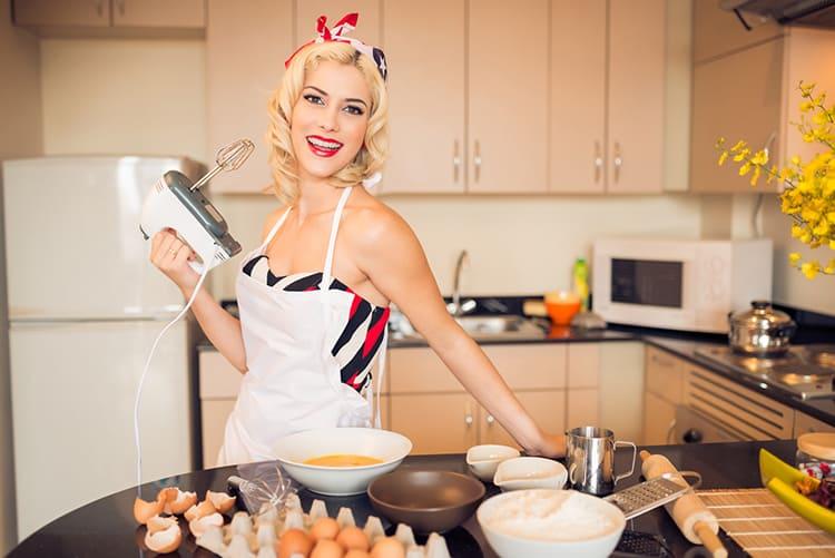 Кухня превращается в настоящее царство, где королева только одна ФОТО: miss-koketka.ru
