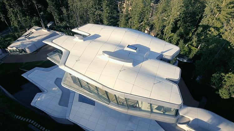 Так родился единственный в своём роде проект русского Джеймса Бонда, именно так назвала архитектор своё строениеФОТО: s.qguys.com