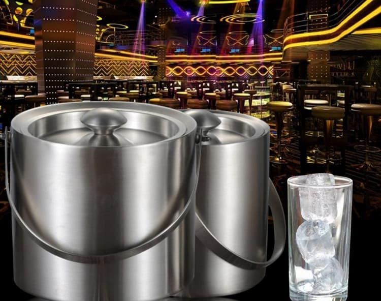 Самые простые варианты выполнены из металла, чтобы обеспечить максимально быстрое охлаждение льда при экстренной заморозкеФОТО: ru.aliexpress.com