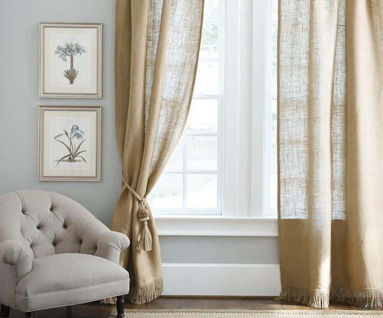 Вид используемой ткани определяет внешний вид штор ФОТО: арт-интерьер.москва