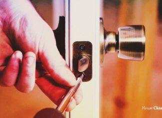 Когда ручки растут из нужного места: врезка в межкомнатную дверь