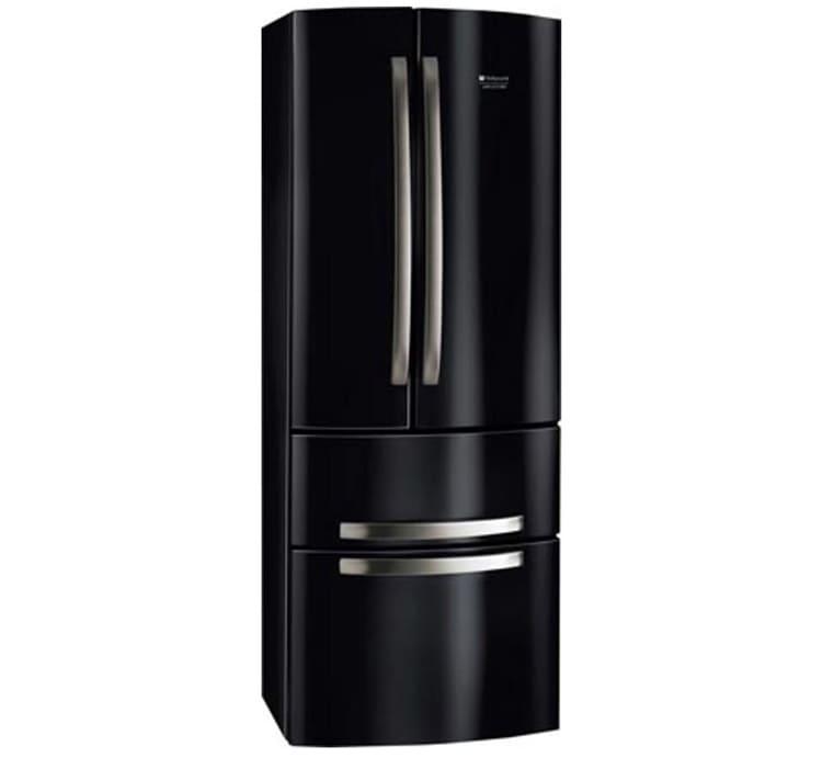 Роскошный дизайн – характерная особенность холодильников Hotpoint-AristonФОТО: mobilmedia.ba