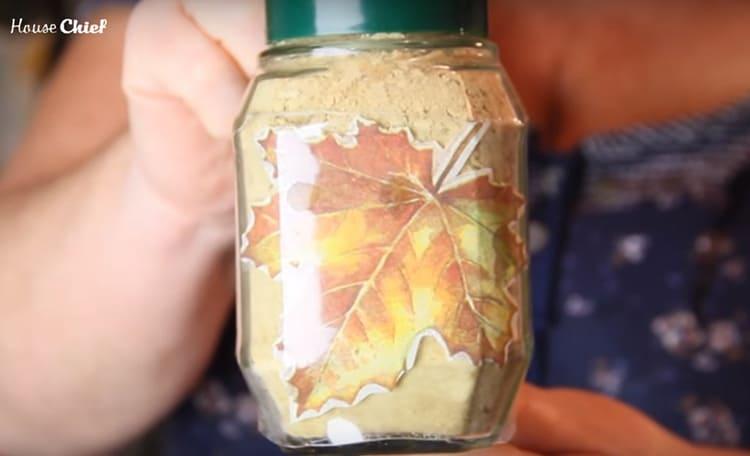 Теперь у вас в руках оригинальная тара для хранения сыпучих продуктов с вечной аппликацией