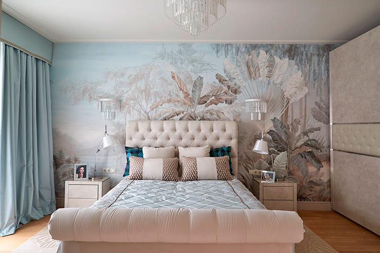 Оттеночные переходы фрески удачно сочетаются с оттенками в интерьере ФОТО: fashion-int.ru