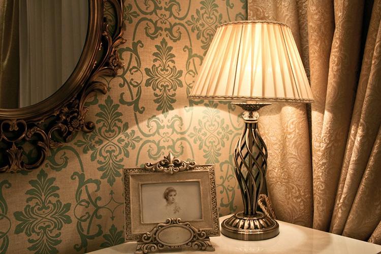 Ни один современный человек не может обойтись без электрического светаФОТО: lepnina-oboi.com
