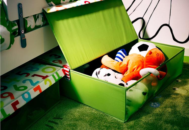 Большие ящики удобны для хранения постельных принадлежностей и объёмных игрушекФОТО: archidom.ru