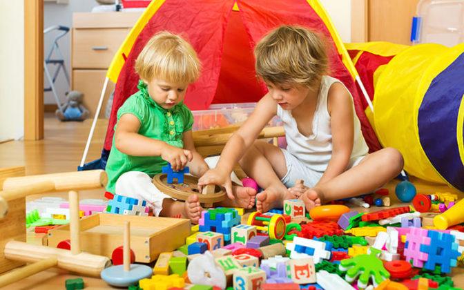 Оформляя детскую комнату, оставьте как можно больше свободного места для игрФОТО: s1.1zoom.ru