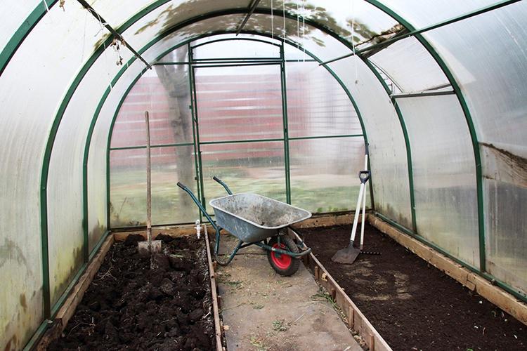 Внутреннее пространство следует полностью освободить даже от садового инвентаряФОТО: g1.dcdn.lt