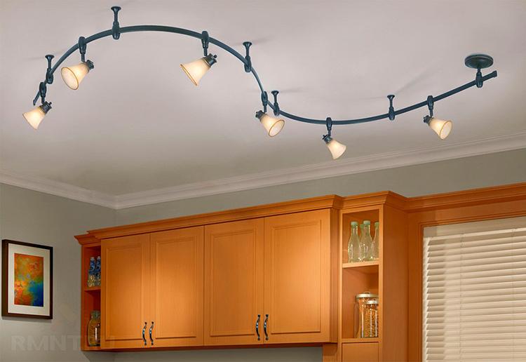 Для различных светильников требуются разные патроны под определённые лампыФОТО: rmnt.ru