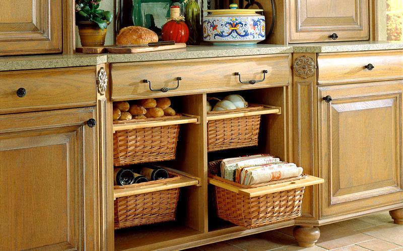 Плетёную корзинку можно использовать и в качестве встроенной конструкции