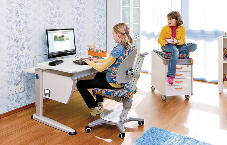 Ребёнку понравится яркая расцветка стула – это нормальноФОТО: o-krohe.ru