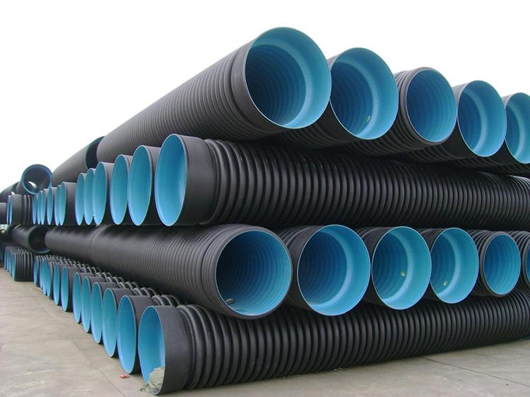 На полиэтиленовые трубы спрос увеличиваетсяФОТО: i1.photo.2gis.com