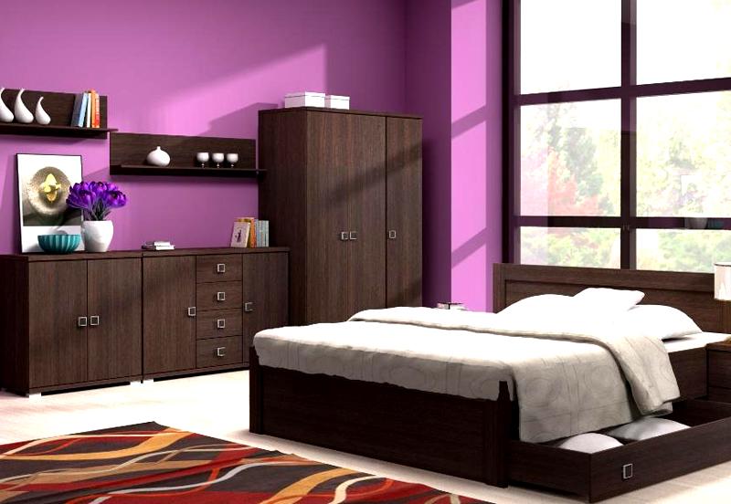 Спальный гарнитур в тёмном цвете