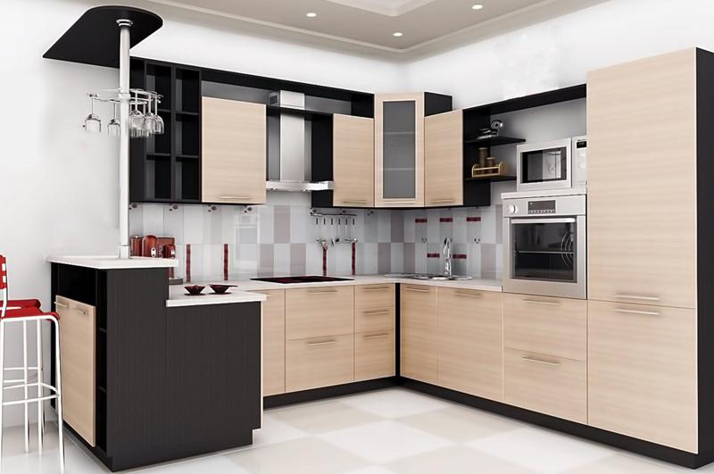 Кухня цвета «венге» и «белёный дуб»