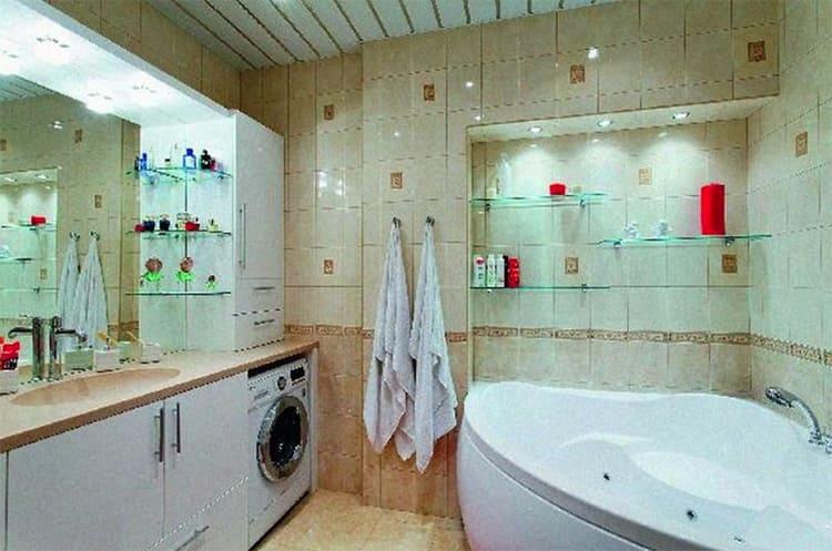 В этой ванной скрыт «чёрный» вход в квартируФОТО: emag.9months.ru