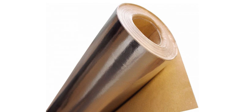 Несмотря на то, что защитная плёнка тонкая, она хорошо выполняет свои функции и не пропускает влагу