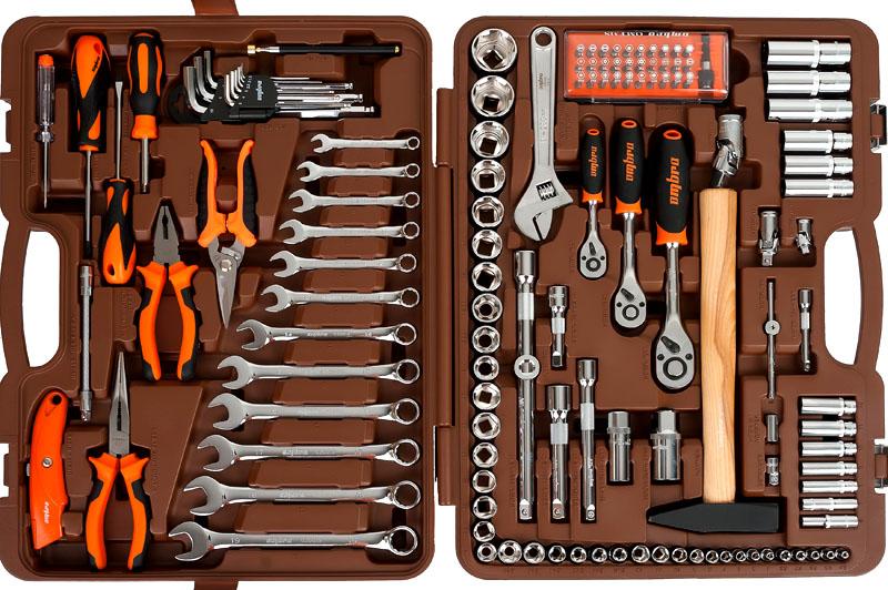 Инструмента в мастерской много не бывает