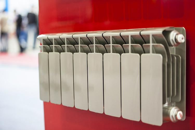 Следует только упомянуть, что стабильной популярностью пользуются недорогие алюминиевые модели с высокой теплоотдачей и продолжительным сроком эксплуатацииФОТО: klimatstandart.com