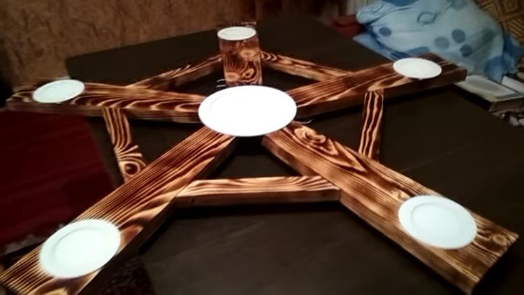 Готовая люстра из древесиныФОТО: youtu.be