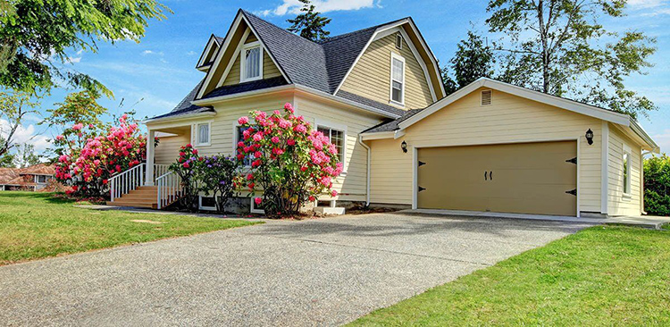 А вот гараж-пристройка – это уже дорогой, но шикарный вариантФОТО: cdn.realestatedaily.com
