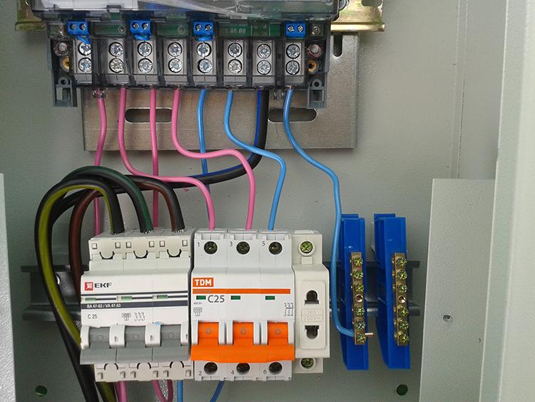 Прямое включение электрического счётчикаФОТО: pro100electrik.ru