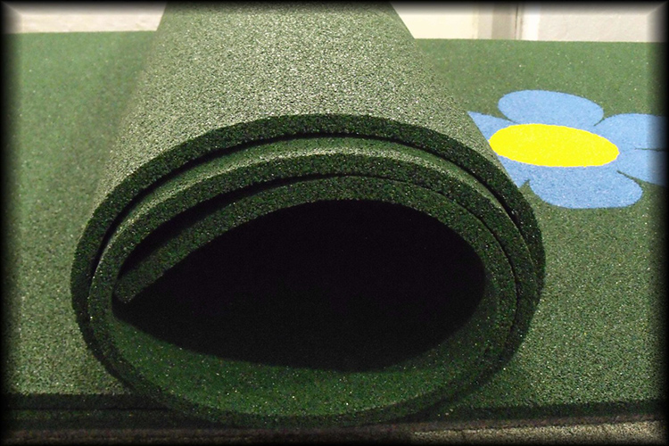 Укладка такого материала займёт у вас меньше времени, чем заливка резинового асфальтаФОТО: image.jimcdn.com