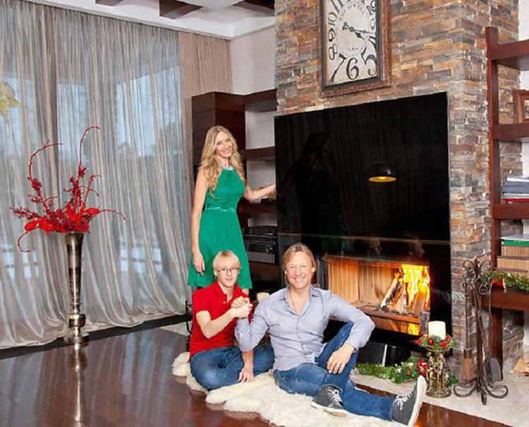ФОТО: 1olestnice.ru Камин в гостиной создаёт романтическое настроение