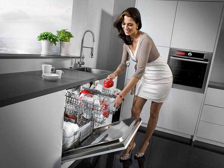 Посудомоечная машина – надёжная помощница каждой хозяйкиФОТО: pbs.twimg.com