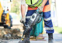 Разбить бетон несложно: электрический отбойный молоток справится с поставленной задачей, если сделать правильный выбор