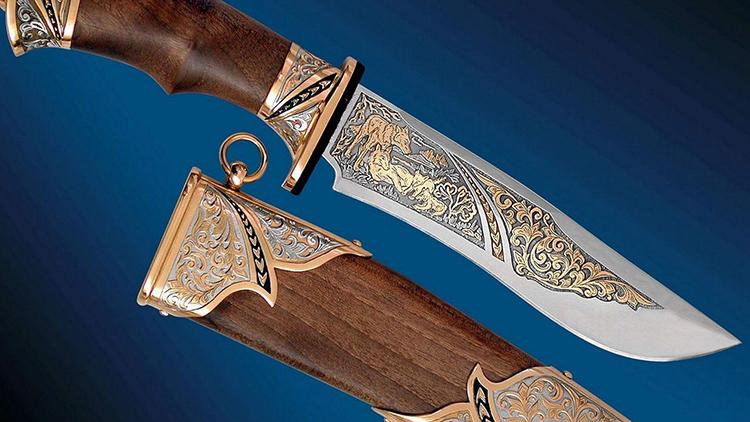 Некоторые охотничьи ножи можно назвать произведением искусстваФОТО: rusknife.com