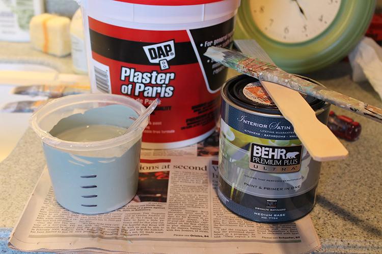 Для нанесения состава используется кистьФОТО: 2.bp.blogspot.com