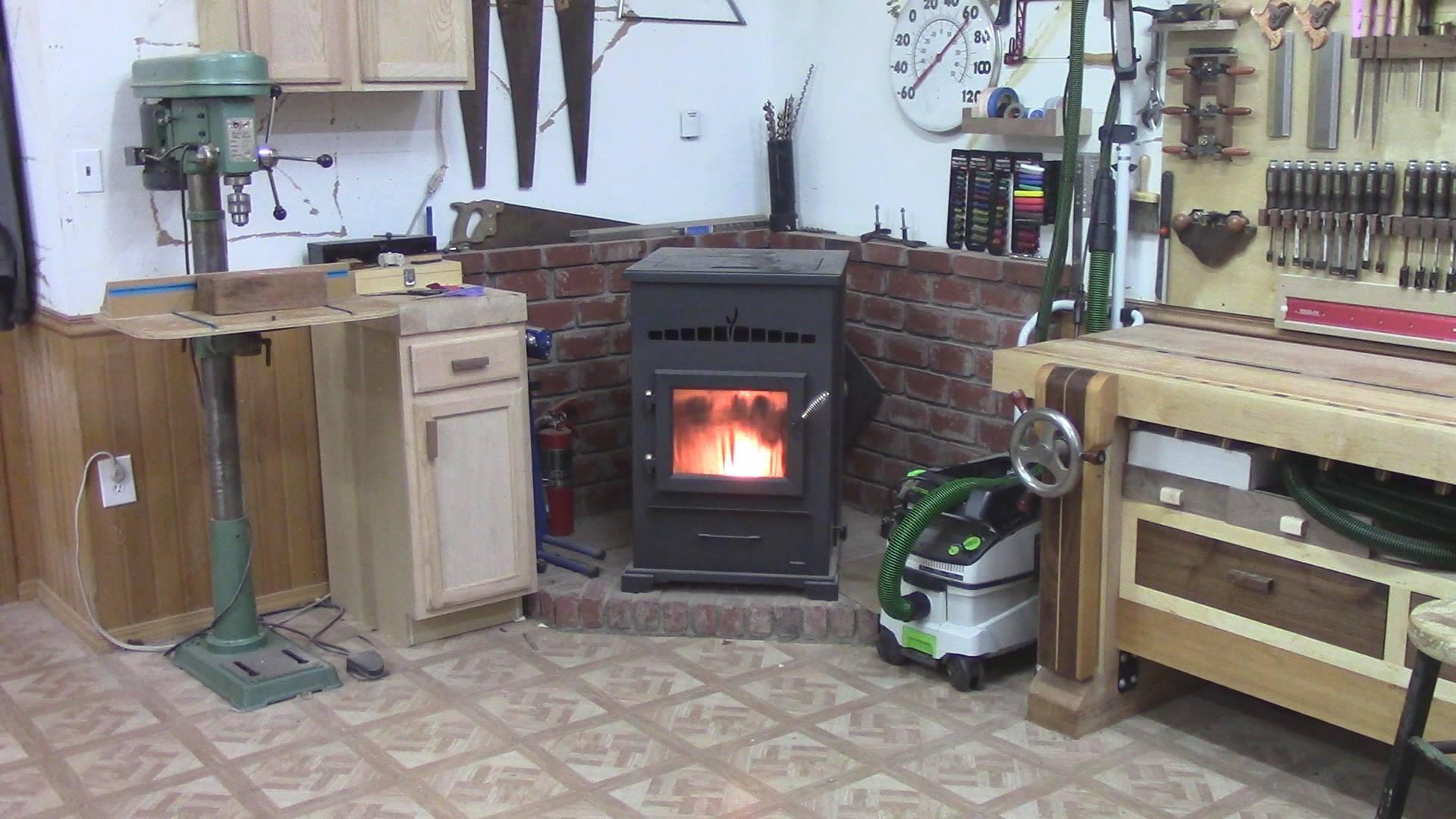 В гараже может быть уютноФОТО: thewoodwhisperer.com