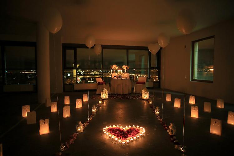 Свечи всегда были главным атрибутом романтического вечераФОТО: yandex.com.tr
