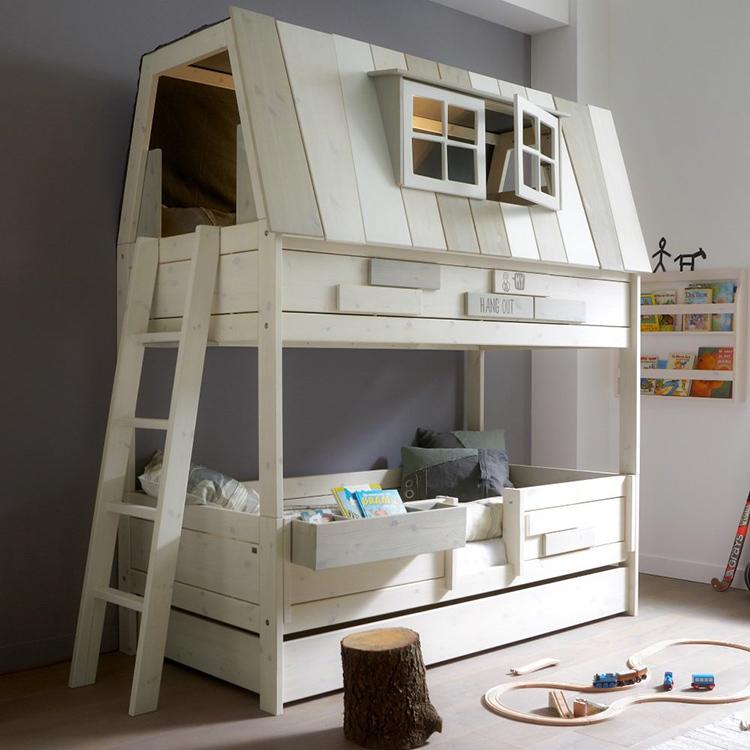 Делая самостоятельно кровать из дерева, тщательно обрабатывайте поверхность, чтобы ребёнок не получил занозыФОТО: odafikirleri.com