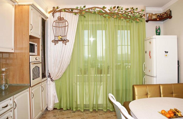 Дизайн занавесей из тюля может быть самым разнообразнымФОТО: design-homes.ru