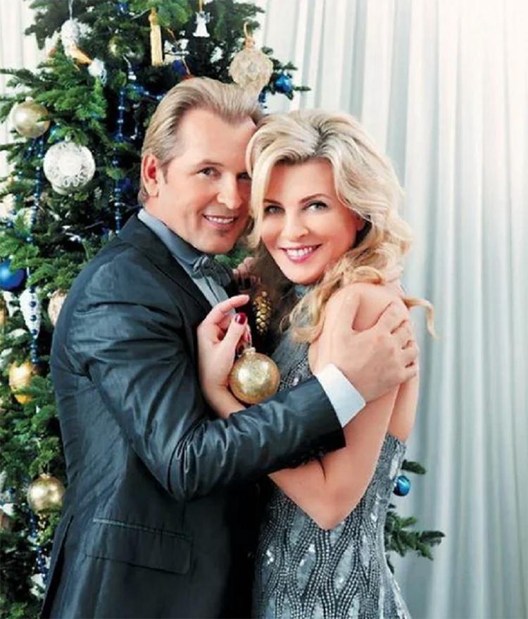 лермонтово прекрасная александр малинин с женой фото вся причина том