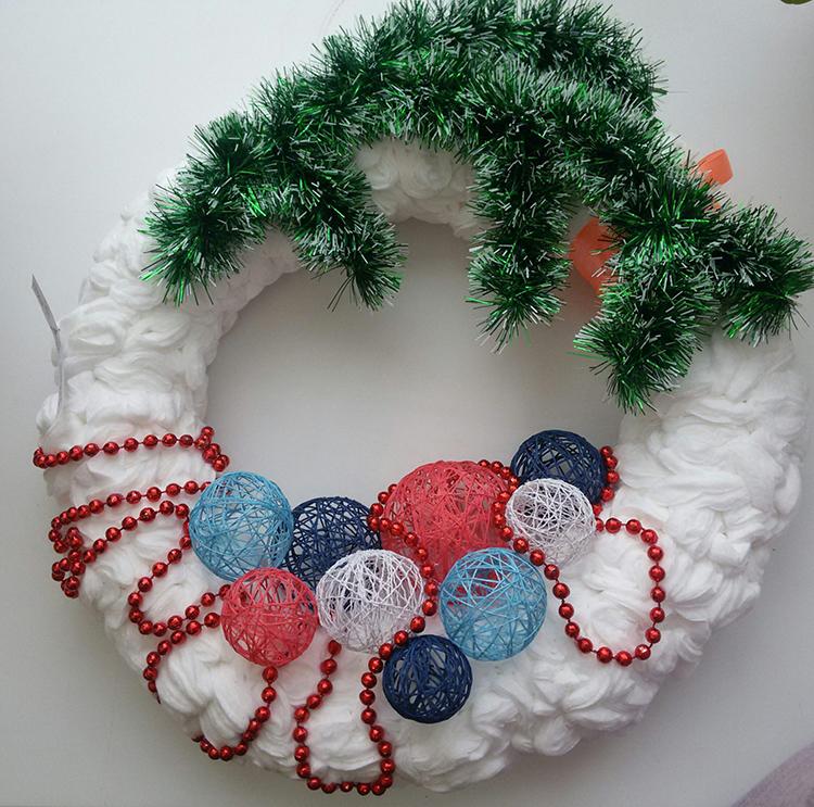 Ёлка и прочие поделки из ватных дисков на Новый год