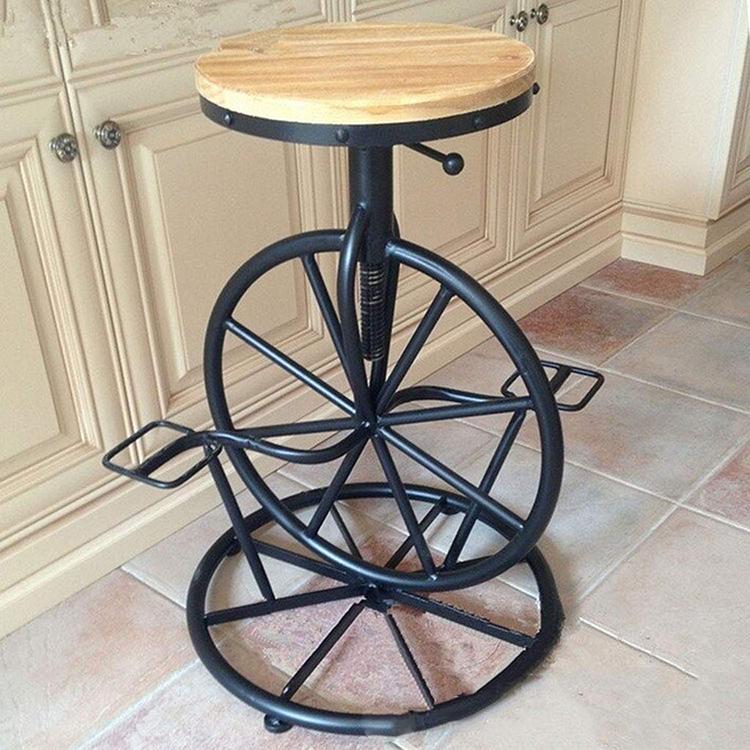 Дизайнерская модель табурета с металлическим основаниемФОТО:m.media-amazon.com