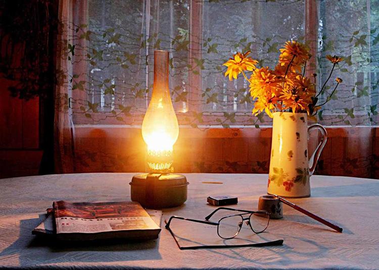 … и керосиновая лампа ФОТО: gazeta-bam.ru