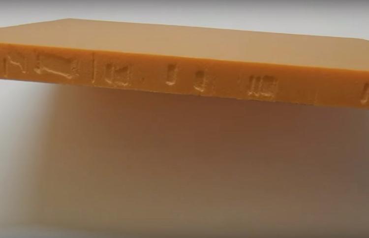Толщина пеноплекса бывает разной, для холодильника вполне достаточно 3 см. Но чем тоще – тем лучше, главное, чтобы короб влез в ваш багажник