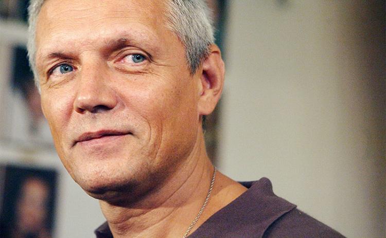 Успешный актёр Александр Галибин многое в доме сделал своими рукамиФОТО: caoinform.ru