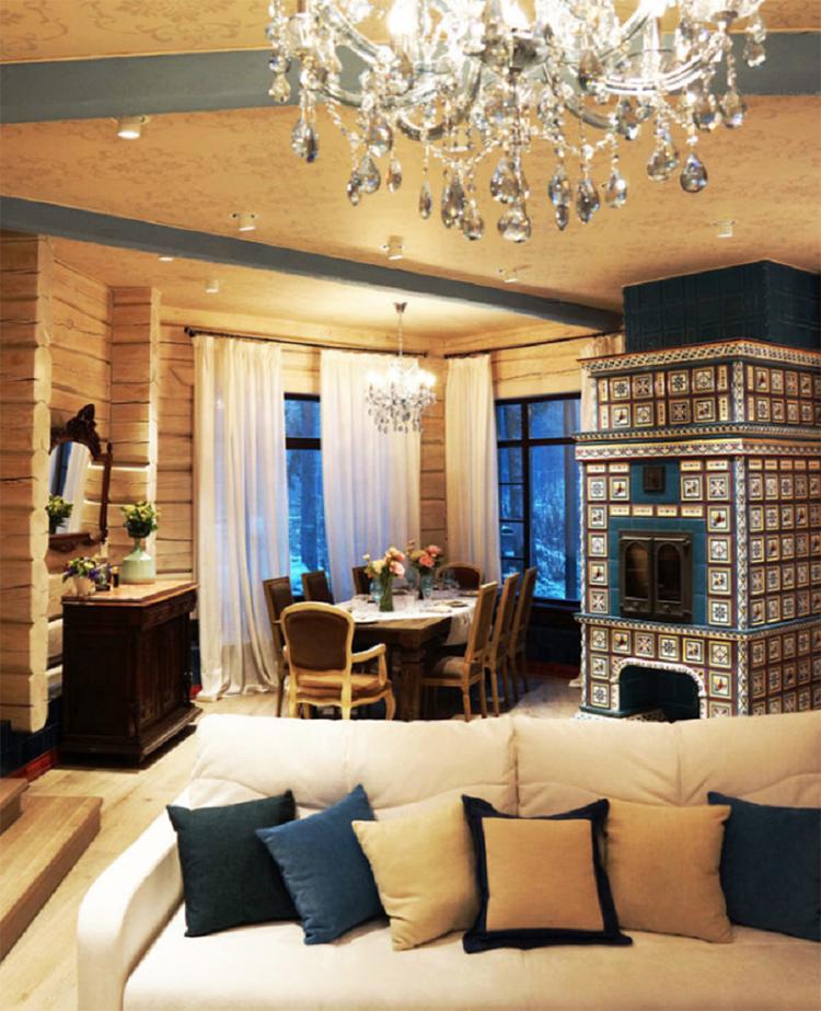 Цвет декоративных подушек подобран в основных тонах интерьераФОТО: mpdesign.ru