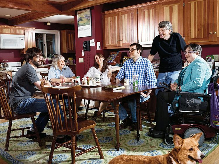 Одно из семейных фото на кухне